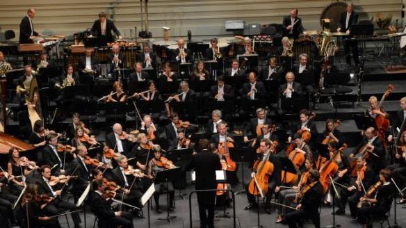Vendredi soir, l Orchestre national des Pays de la Loire interprètera quatre compositions en compétition, avant que jury et public choisissent | Claire Robin